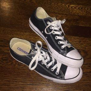 plain black converse - size 8 womens